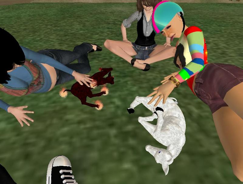 Someone on Second Life is offering tiny, adorable baby unicorns that